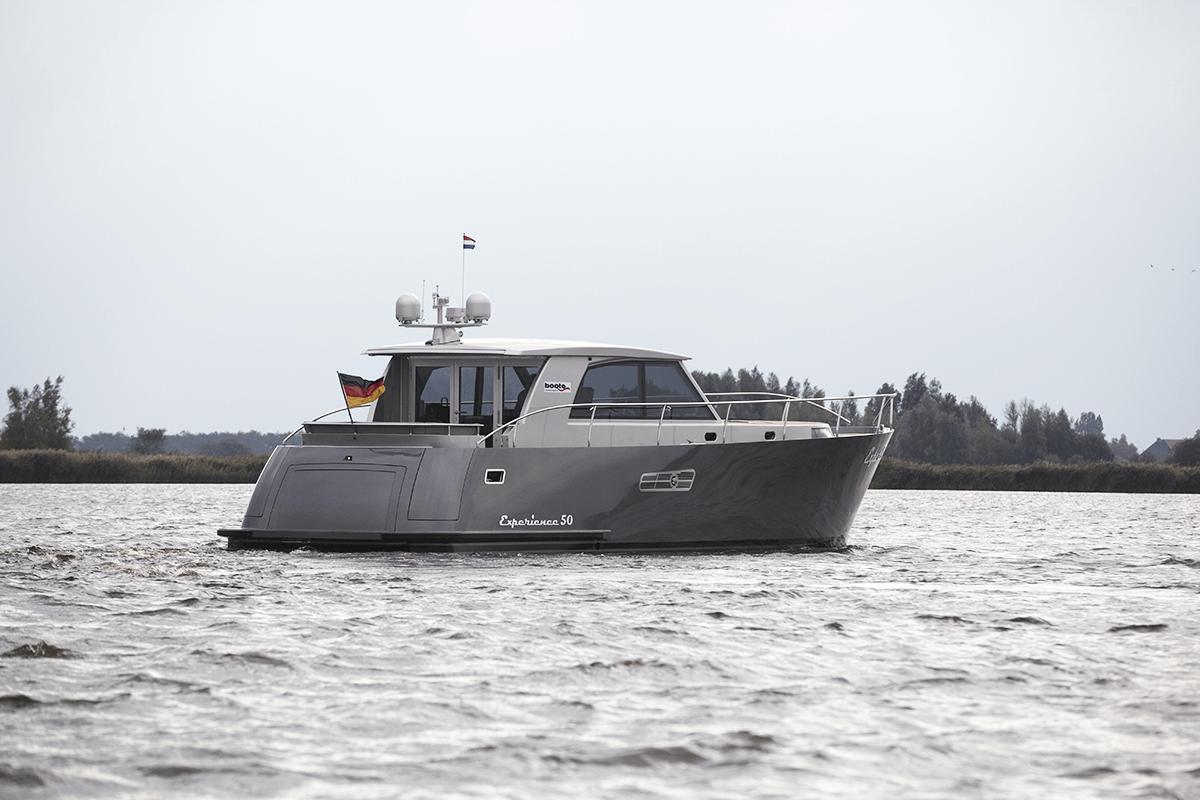 experience 50 jachtinterieur